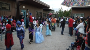 Kaia Halloween School Parade 2014